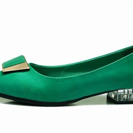莱卡金顿春季新款尖头平跟女单鞋浅口软面平跟尖头时尚休闲女鞋