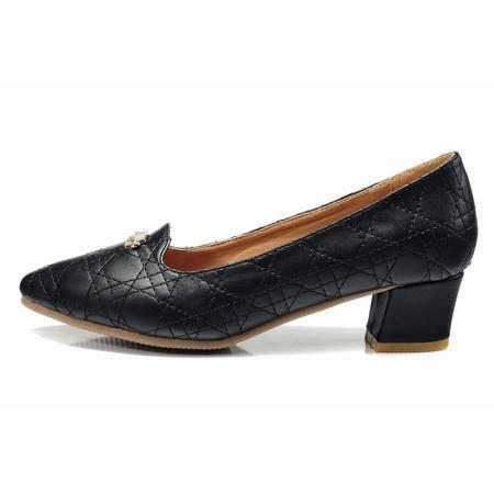 莱卡金顿春季新款低跟尖头女单鞋浅口橡胶软面时尚休闲百搭女鞋
