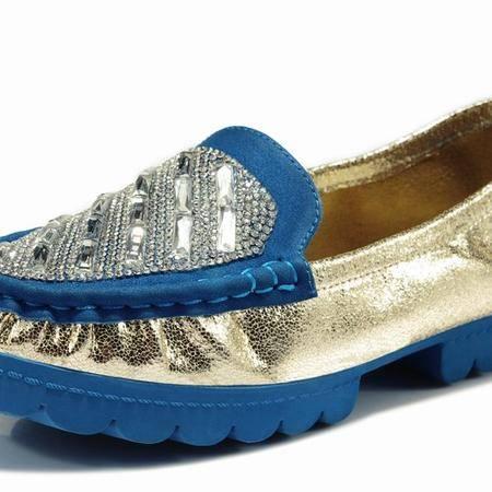 莱卡金顿韩版潮豆豆鞋 女时尚女单鞋妈妈孕妇鞋水钻平底春季女鞋