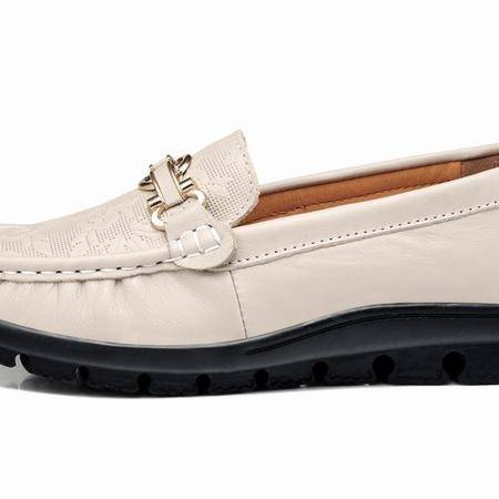 莱卡金顿 LK-A6680 真皮平跟豆豆鞋 平底妈妈鞋真皮圆头平跟女鞋