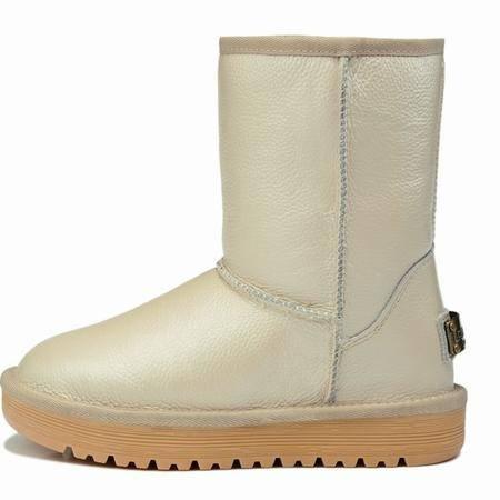 莱卡金顿真皮中筒雪地靴女软面平跟防水台时尚英伦女鞋