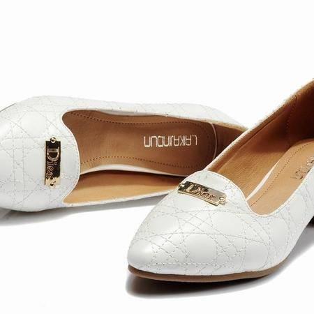 莱卡金顿优雅时尚中跟鞋女鞋粗跟鞋韩版日系浅口尖头裸色格子单鞋