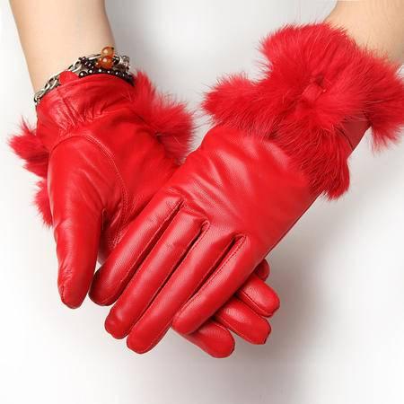 小童马 韩版女士皮手套秋冬季小羊皮真皮手套女式 保暖兔毛加厚绒里 红色 8308
