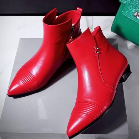 小童马 新款牛皮低筒马丁靴尖头金属装饰粗跟侧拉链流行女鞋 WWW-0160