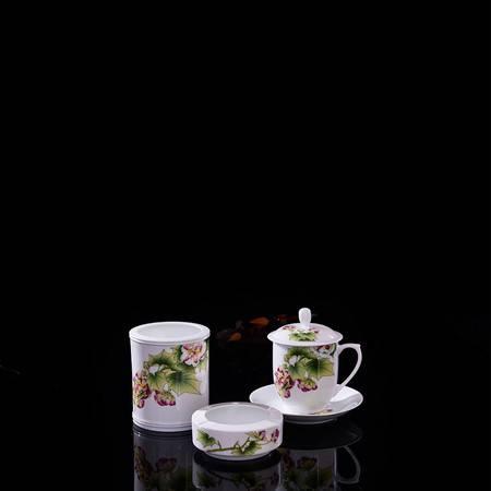 瓷博 景德镇陶瓷办公用品茶杯烟灰缸礼品装邱松雯芬芳芙蓉花