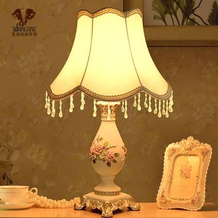 欧式台灯 卧室床头灯 古典复古树脂雕花创意时尚温馨装饰灯具