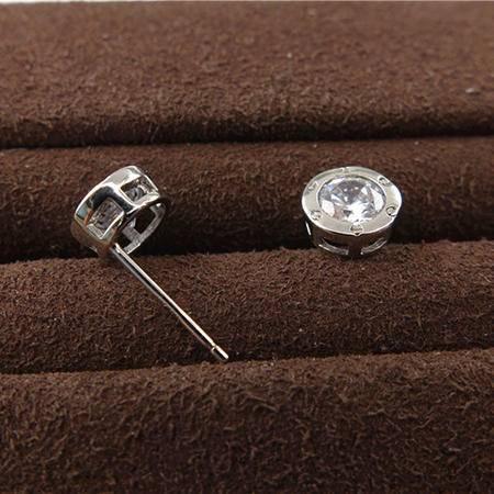 老银铺927银镶锆石耳钉-经典卡地亚款