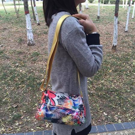 badisha  休闲斜挎小包80011 新款 超轻 休闲 布包 时尚潮女必备 减龄法宝  4色