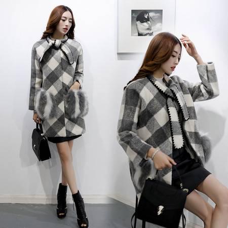 JEANE-SUNP2016年冬季韩版中长款灰白格子配真狐狸毛口袋呢子大衣