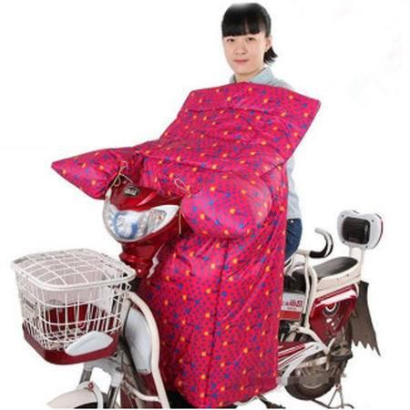 耀点100 电动车连体挡风被摩托车挡风罩双面防水一体式护膝被 红色袖苹果