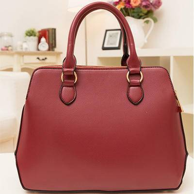 女王箱包 2015新款休闲女包 欧美潮流时尚酒红色大包 单肩斜挎风范女士包袋