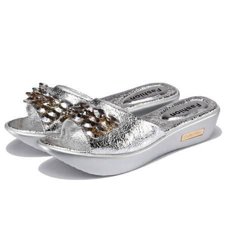 韩版平底防滑一字拖女士夏季休闲平跟亮片金银色女鞋沙滩凉拖鞋潮