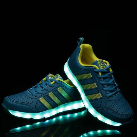 男童鞋休闲鞋夏季中大童跑步灯鞋网面透气单网鞋男孩鞋子儿童运动鞋