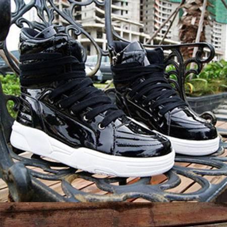 新品秋冬季韩版男靴子休闲高帮马丁靴男短靴潮流皮靴保暖时尚男鞋
