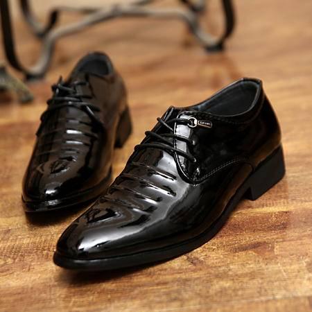 男士尖头皮鞋英伦风春季潮流内增高漆皮男鞋休闲鞋商务正装鞋
