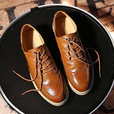 春季男鞋子男士休闲鞋韩版潮流青年布洛克皮鞋豆豆商务正装鞋潮鞋