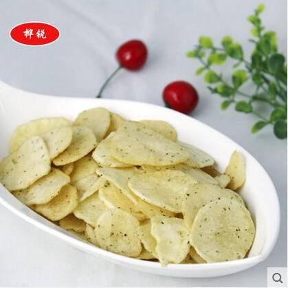 休闲零食  美味马铃薯脆片  精美罐装 88g  黄瓜味
