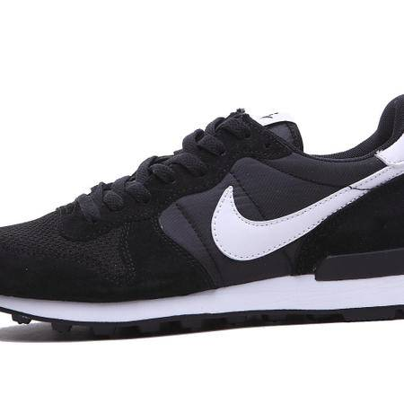 NIKE耐克新款网面透气运动跑步鞋女鞋华夫复古男鞋透气情侣休闲鞋黑白