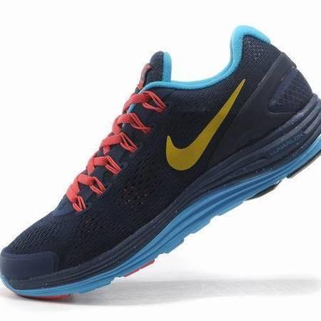 耐克男鞋跑步鞋超轻 NIKE AIR ZOOM 登月3网纱飞线网面透气运动女鞋情侣鞋