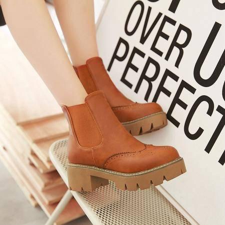2016秋冬英伦新款厚底中跟粗跟复古雕花圆头短靴女马丁靴百搭女鞋
