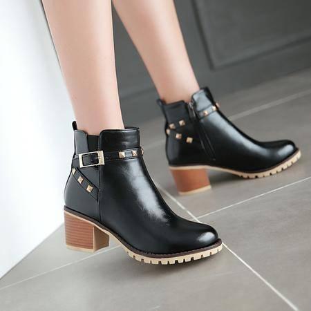 短靴女秋真皮大码单靴平跟百搭尖头裸靴瘦脚小码黑色平底马丁靴潮