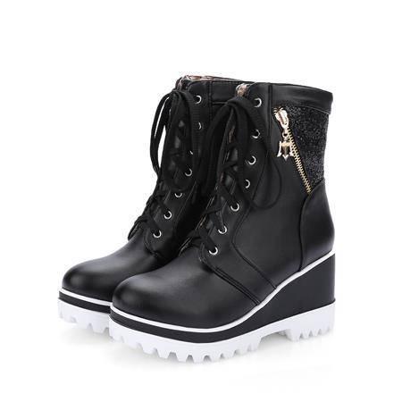 16冬季新款英伦风黑色坡跟短靴女马丁靴系带防水台白色女鞋大码鞋