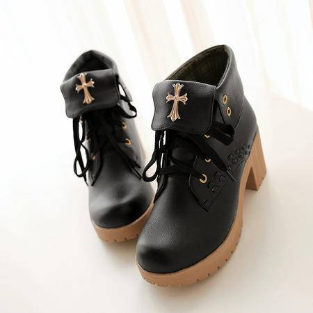 2016春冬新款马丁靴女短靴粗跟系带短筒甜美靴子温软舒适女