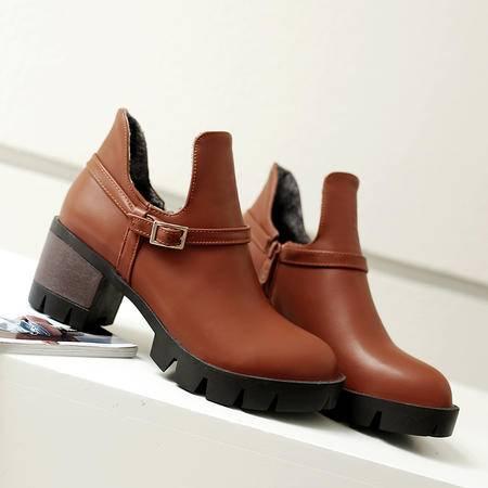 秋冬时尚女鞋皮带扣中跟粗跟厚底短靴套筒马丁靴单靴子