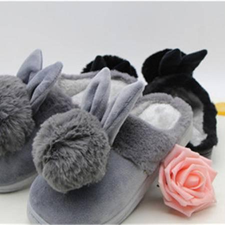 西部水城 博彩文具可爱毛绒兔子拖鞋
