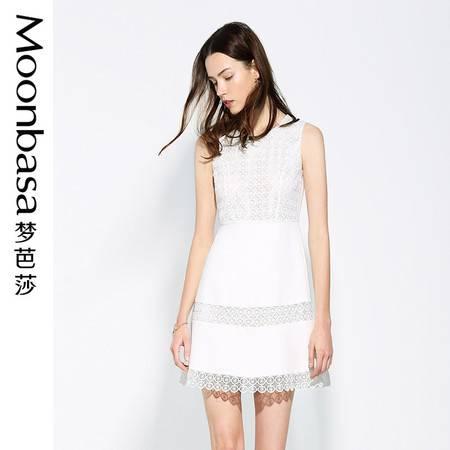 Moonbasa/梦芭莎优雅浪漫拼立体蕾丝修身小A摆无袖连衣裙
