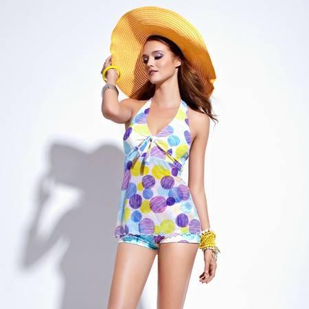 梦芭莎 摩登彩色可爱圆点修身显瘦遮肚分体温泉游泳衣女泳装