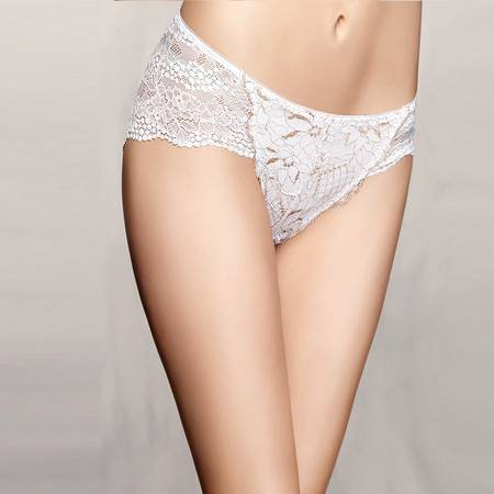 Moonbasa/梦芭莎鎏金雅致全蕾丝舒适中腰三角性感提臀内裤 女