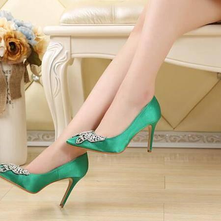 2016时尚新款女鞋 优雅水钻单鞋 蝴蝶结尖头高跟鞋