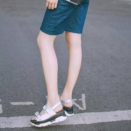 夏季新款真皮女士凉鞋 2016休闲水钻松糕凉鞋漆皮搭扣罗马鞋