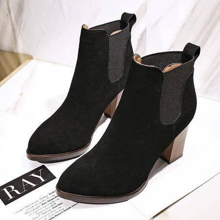 秋冬款马丁靴女短靴潮尖头粗跟英伦风女士皮靴欧美单裸高跟短靴