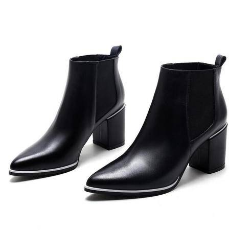 女鞋秋冬款尖头马丁靴欧美短靴子粗跟高跟鞋拼色女靴子