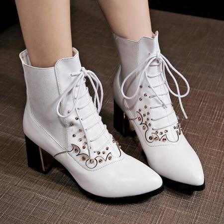 2016秋冬新款短靴铆钉高跟尖头粗跟马丁靴真皮百搭系带女靴