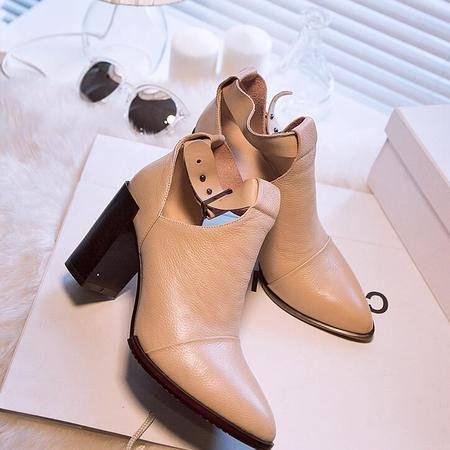 秋季明星同款鞋真皮深口高帮鞋尖头鞋皮带扣粗跟真皮女靴