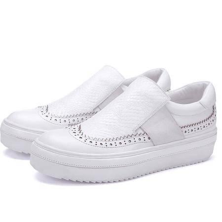 秋冬季新款英伦烧花女鞋锯齿厚底内增高女单鞋里外全皮休闲运动鞋