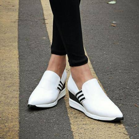 单鞋女真皮鞋秋季新品平底女鞋深口内增高韩版尖头罗马风格学生鞋