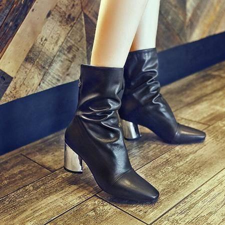 T台走秀时装靴潮流爆款真皮女靴简约方头粗跟短筒靴骑士靴