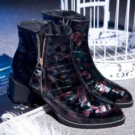 真皮女靴时尚潮流时装靴异形跟尖头拼色平底短靴骑士靴