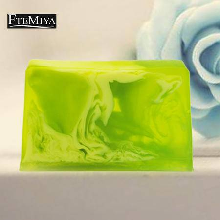 梵米雅绿草柠檬手工精油皂