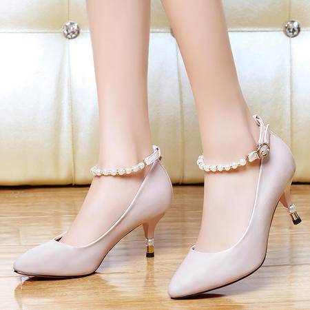 盾狐春夏季新款OL通勤舒适高跟鞋珍珠链一字扣浅口尖头时装凉鞋女