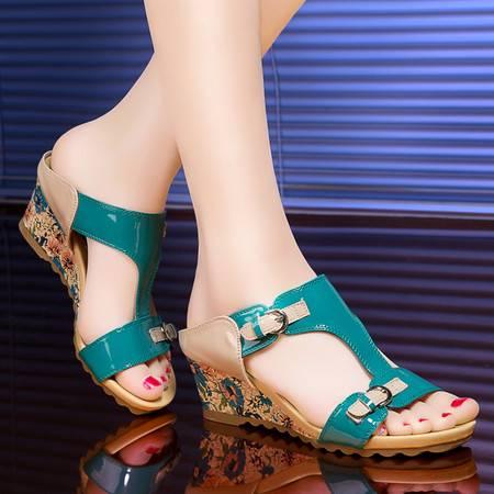 莱卡金顿女士坡跟凉拖鞋女夏时尚新款韩版外穿潮中跟室外百搭一字拖鞋