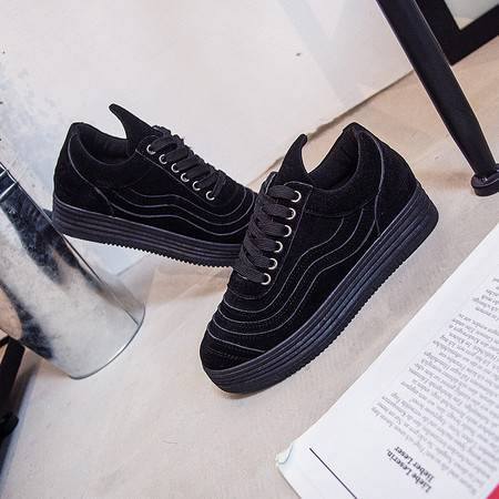 KH新款韩版运动鞋女厚底休闲鞋学生板鞋松糕鞋系带女鞋H02